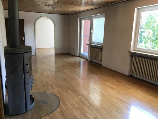 zwei eigentumswohnungen in k nigsbrunn ihre immobilienmanagerin vor ort. Black Bedroom Furniture Sets. Home Design Ideas